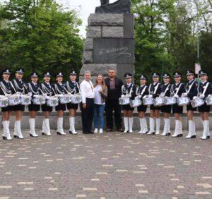 Марш Одеського державного університету внутрішніх справ у вишиванках