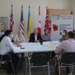 """Круглий стіл """"30 років Незалежності України: досягнення та виклики"""""""